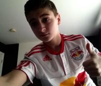 Redbulls Thumbs up Selfie