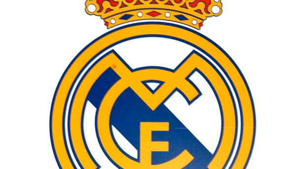 Real Madrid Ditch Christian Cross On Logo After Deal With Middle East Bank Prosoccertalk Nbc Sports