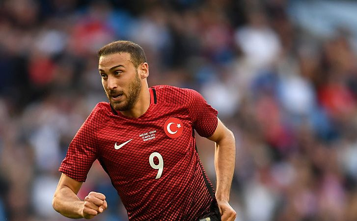 Crystal Palace lands long-admired Tosun on loan from Everton
