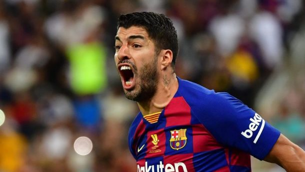 Luis Suarez undergoes knee surgery