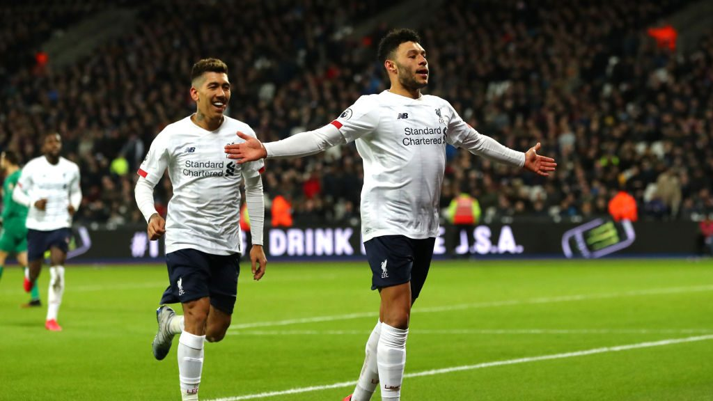 Liverpool goes 19 points clear with win at West Ham