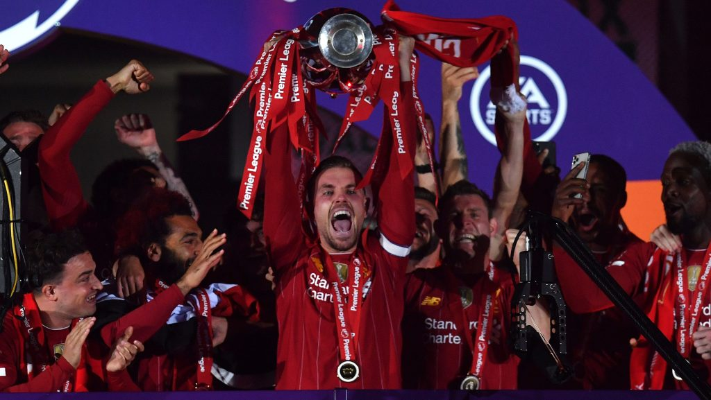 Liverpool trophy lift