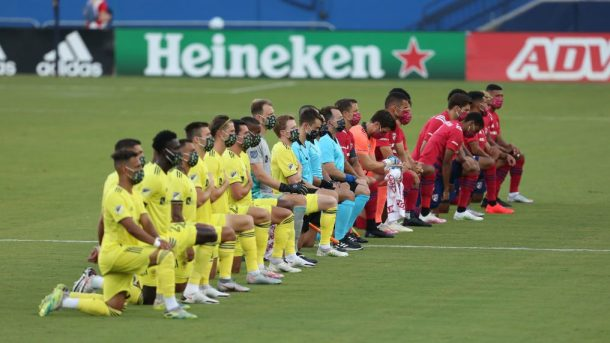 Players booed for kneeling